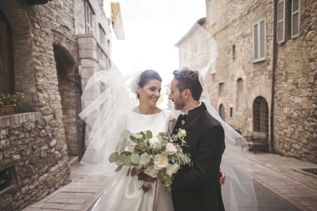 destination wedding photographer Assisi